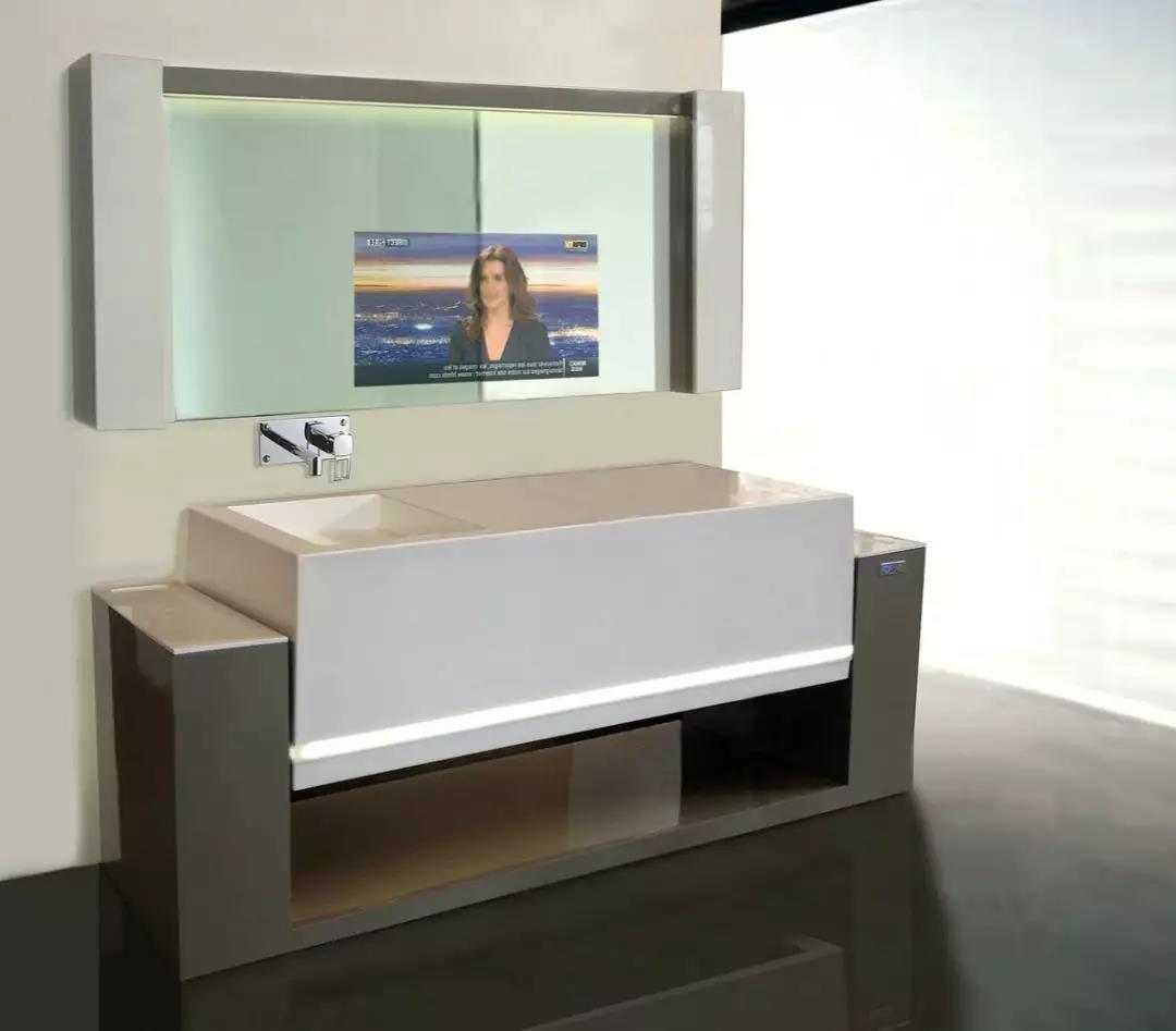 这个洗手盆翻转过来就是浴缸