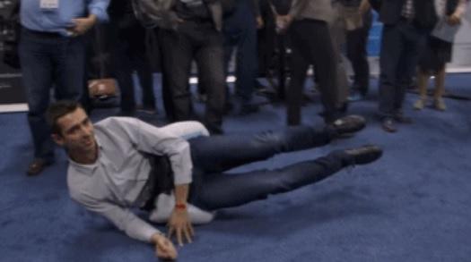 摔倒保护腰带Hip Air 瞬间弹出气囊保护髋部