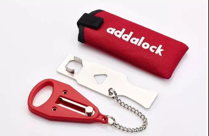 便携门安全锁扣 门外有钥匙也无法打开只能门内打开